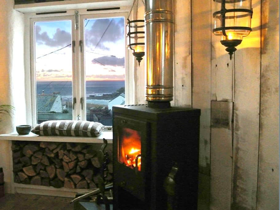 Luxury self-catered holiday cottage - Porthleven - Ev