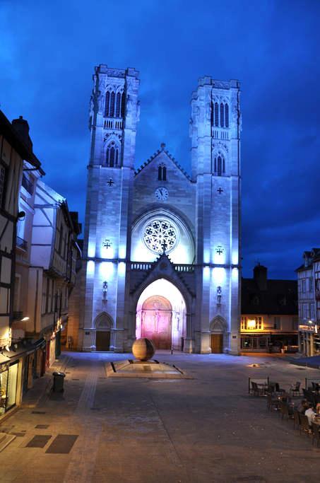 STUDIO - CATHEDRALE SAINT VINCENT - Chalon-sur-Saône - Byt