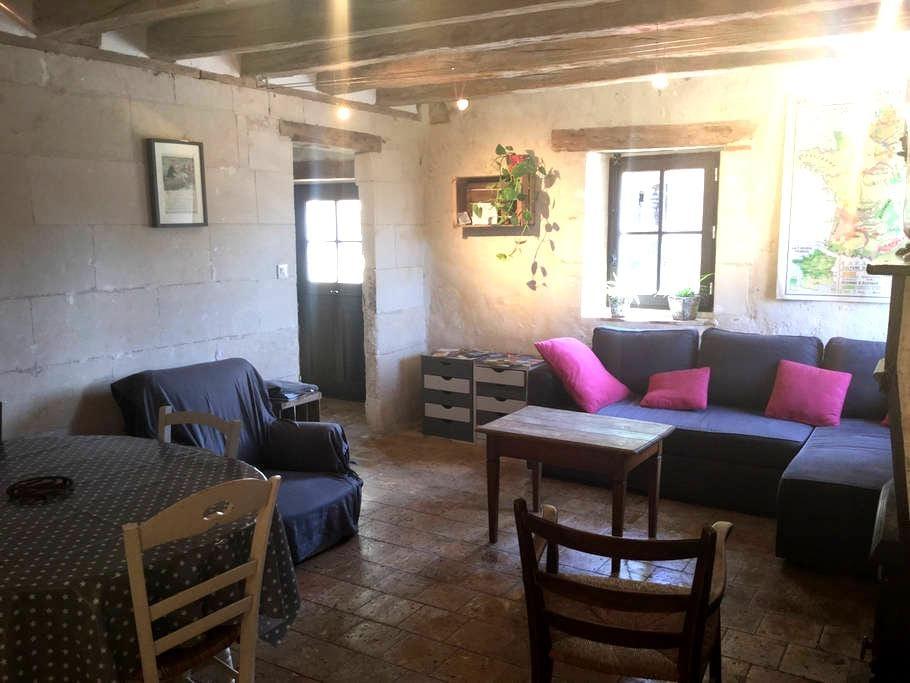 Maison Tourangelle proche Châteaux - Dierre