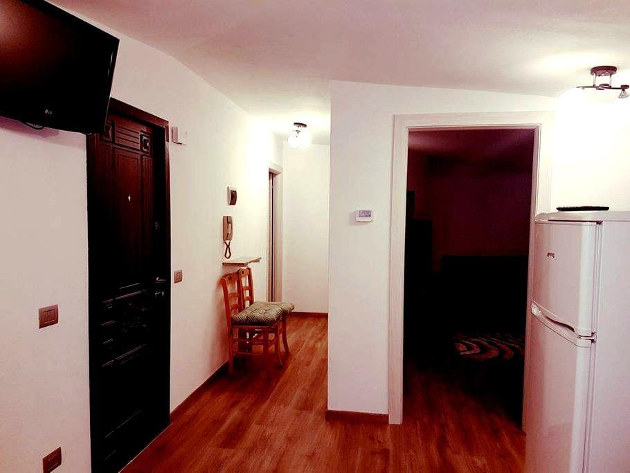 Apartment San Colombano - Isolaccia