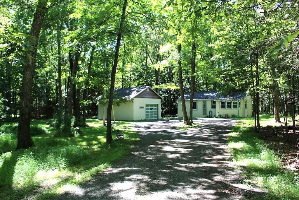 Quiet Cottage - Saugerties - Casa