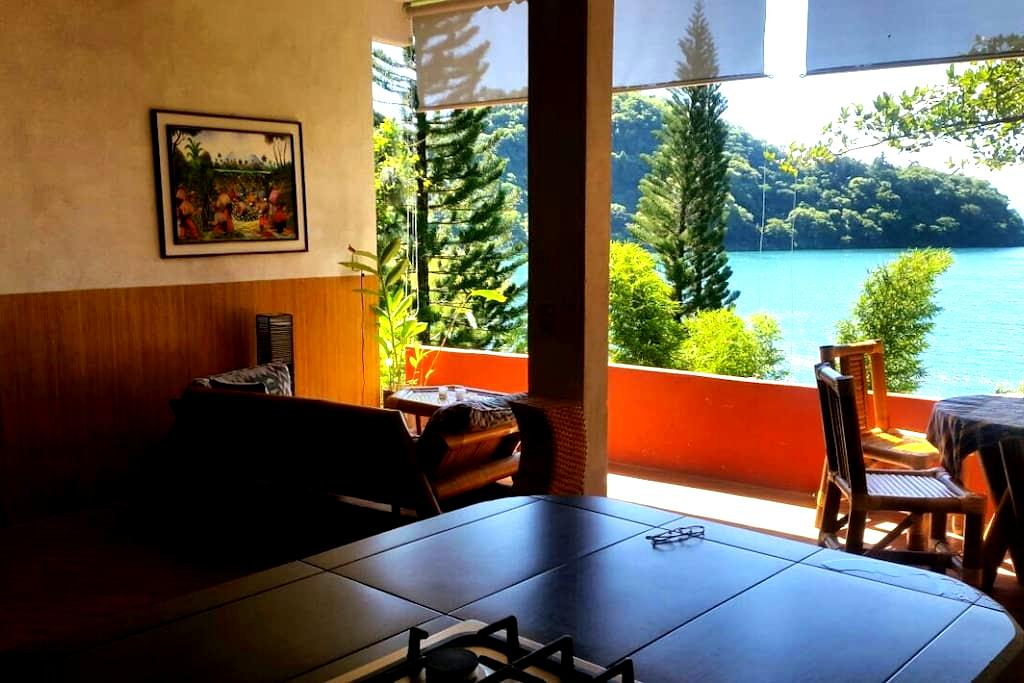 Beautiful, exotic lake front villa - San Marcos La Laguna - Villa