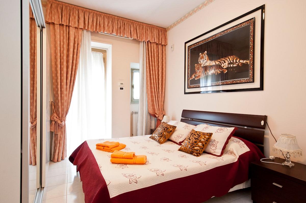 In Trastevere 2 bedrooms for 4,A/C
