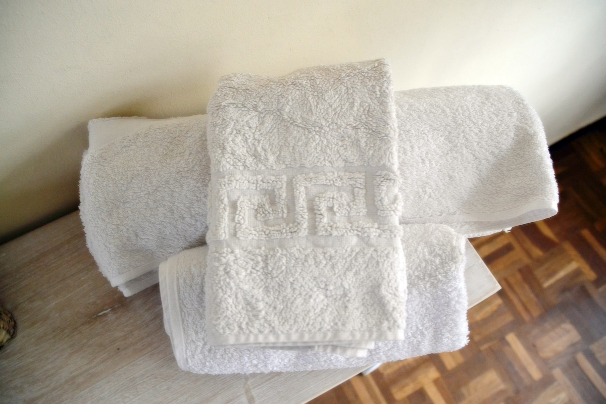 Fresh towels are also provided