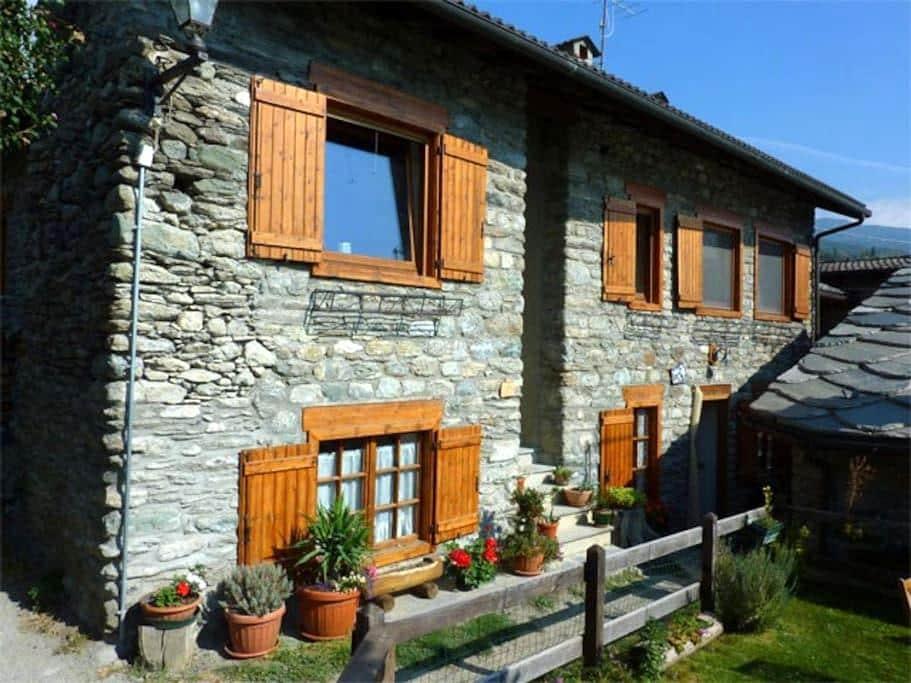 'Maison Tersiva' Appartamento in montagna - Verrayes - อพาร์ทเมนท์