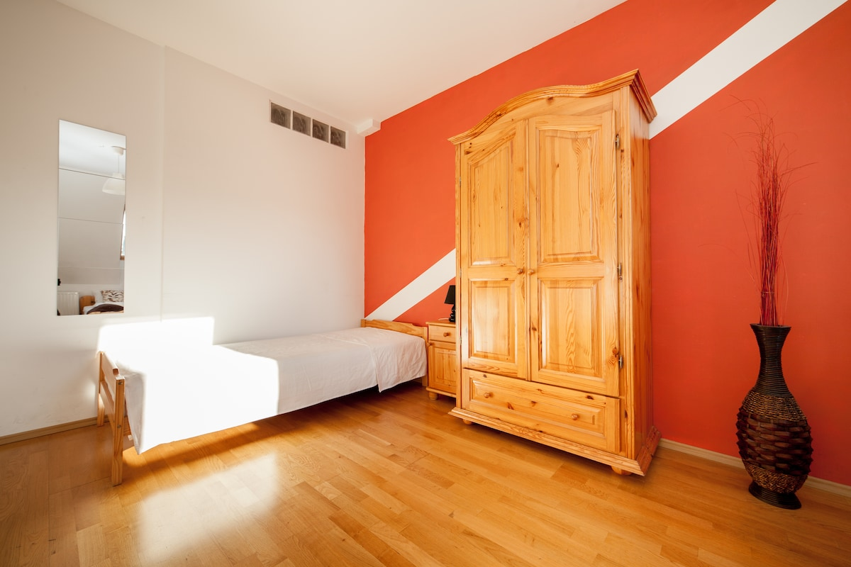 Room with a double bed and 2 single bed on the 1st floor