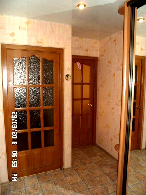 Сутки от хозяйки 2х комнатная квартира на Чижовке - Minsk - Huoneisto