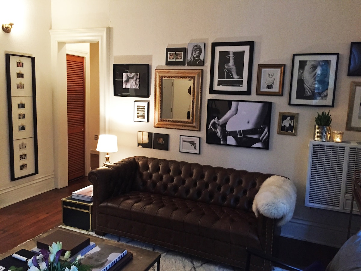 2 BD in the Heart of Downtown