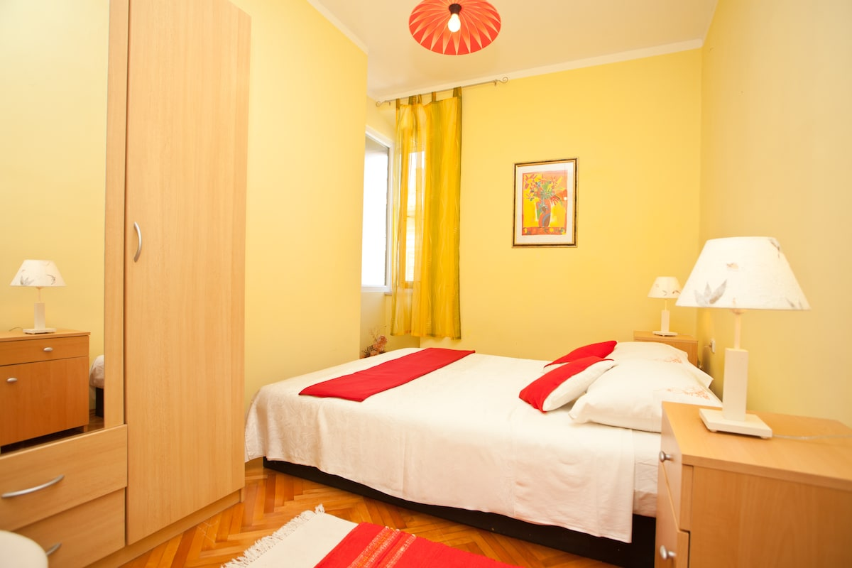 Note! Bedroom with double bed is now renovated, it is white with new beautiful white bed and white floor! (new photo will come soon)