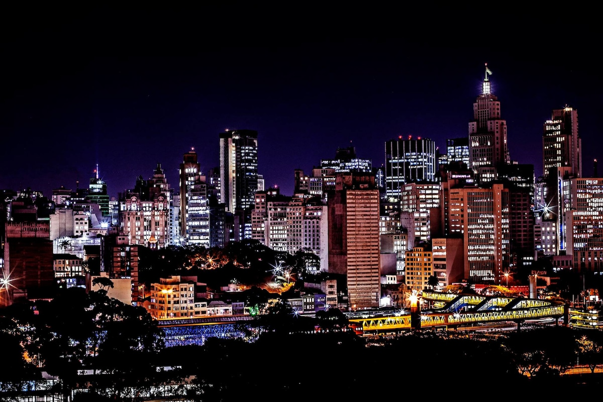 LINDO APTO NO CENTRO DE SAO PAULO.