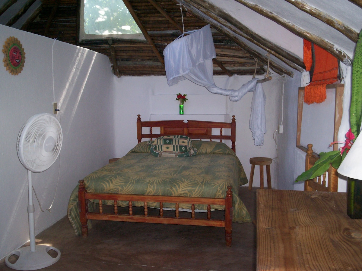 Casitas Kinsol - (website hidden) - Room #7 - A full size bed -