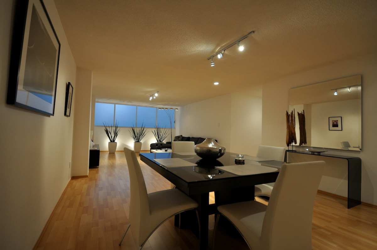 Modern & Minimalist Decor Adds a Peaceful Contrast to the Outside World