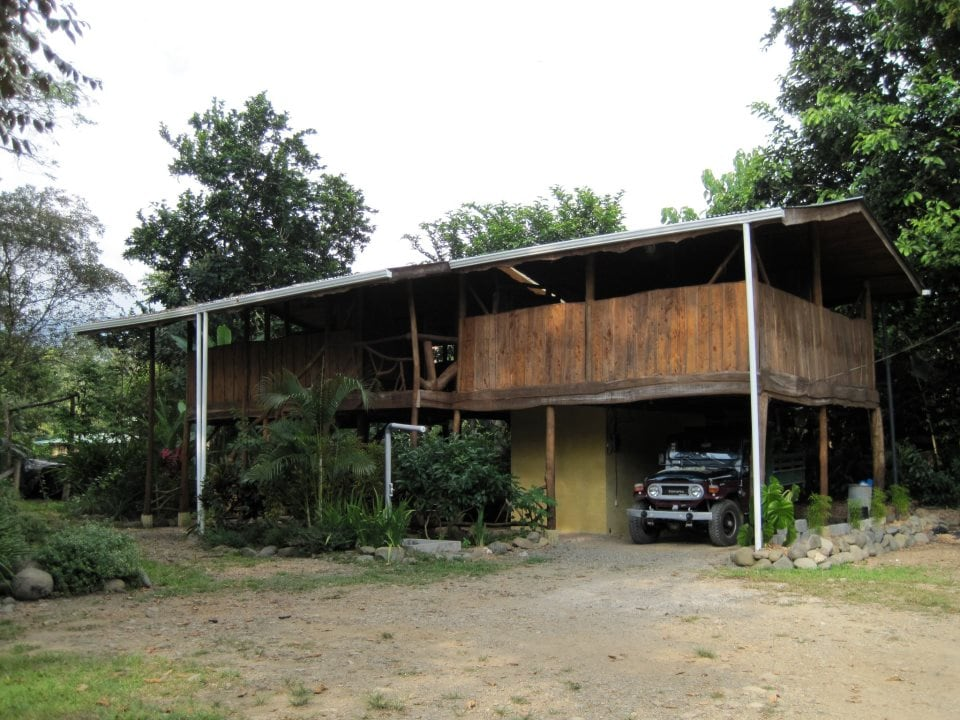 Rustic Jungle Cabina for Rent
