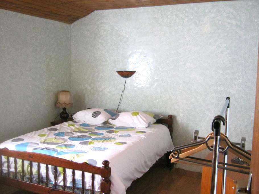 Chambre 2 à Huisnes-sur-Mer 7km du Mt St Michel - Huisnes-sur-Mer