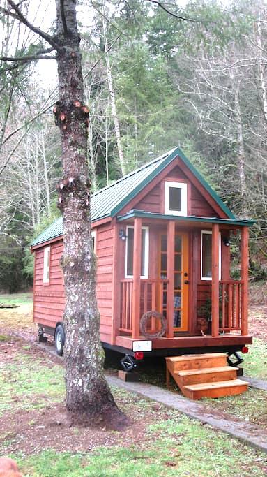 Tiny House on Wheels near Mt Baker - Deming - Huis