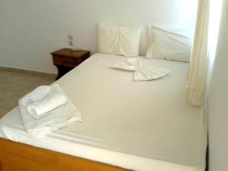 Rooms to Let in Pserimos - Ψέριμος - Apartament