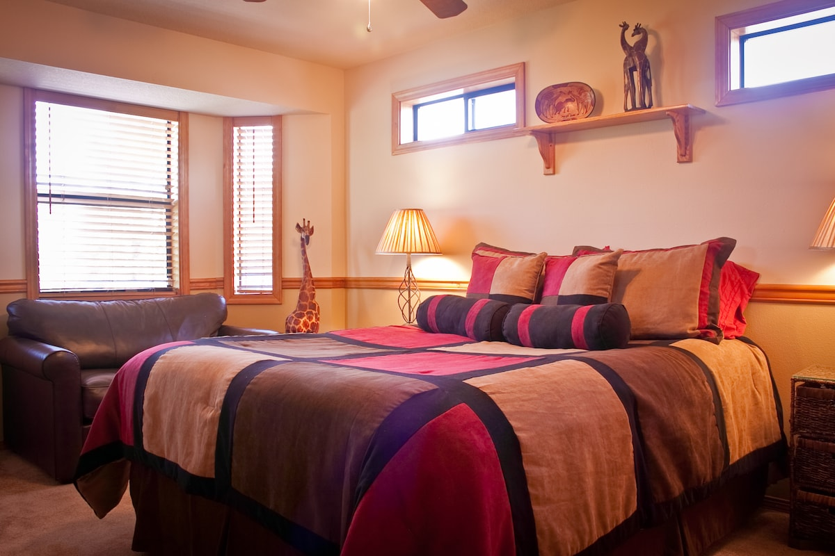 Feel like you are visiting Africa in a luxurious room