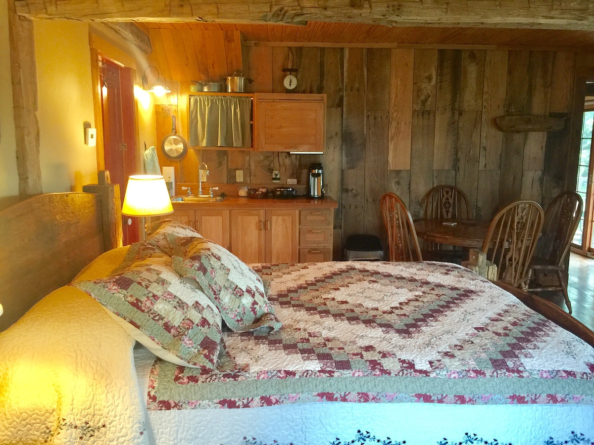 Amish Cabin At Wolf Creek Guest Ranch   Cabins For Rent In Fredericksburg,  Texas, United States