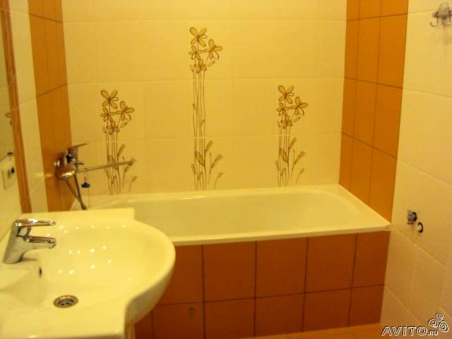 сдаю посуточно квартиру недорого, 800 руб - Kirov