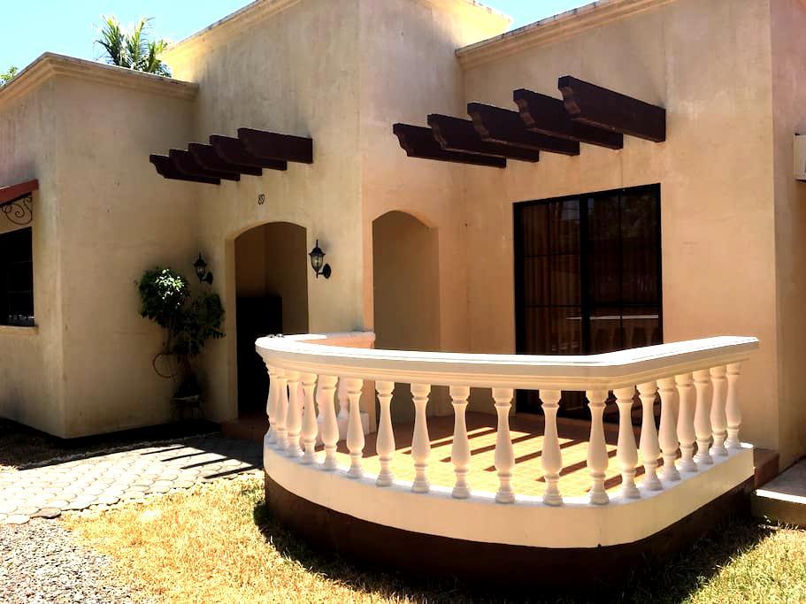 Royal nemo guest house*free shuttle - Lapu-Lapu City - Villa