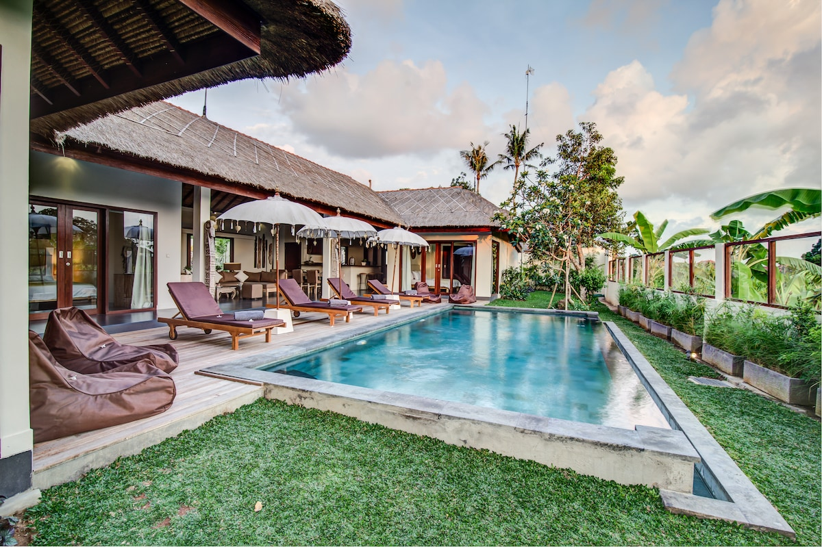 4BRVilla canggu area private pool