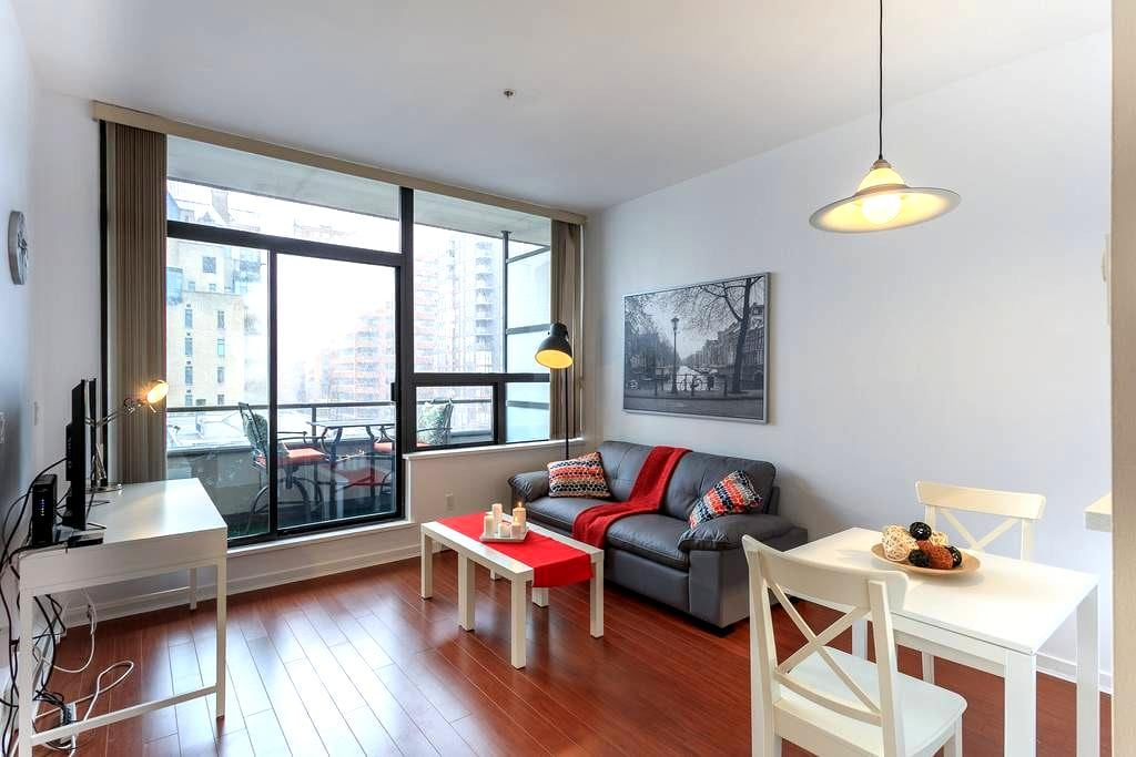 Downtown Jewel! - Vancouver - Apartamento