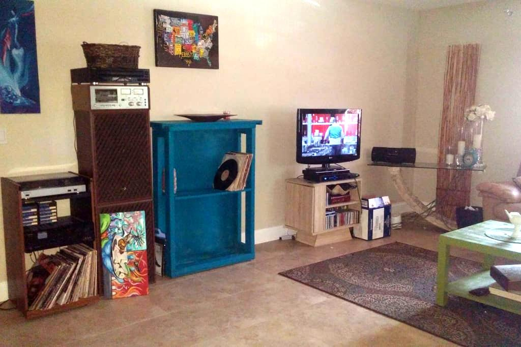 Cozy Private room with bathroom - Jupiter - Casa