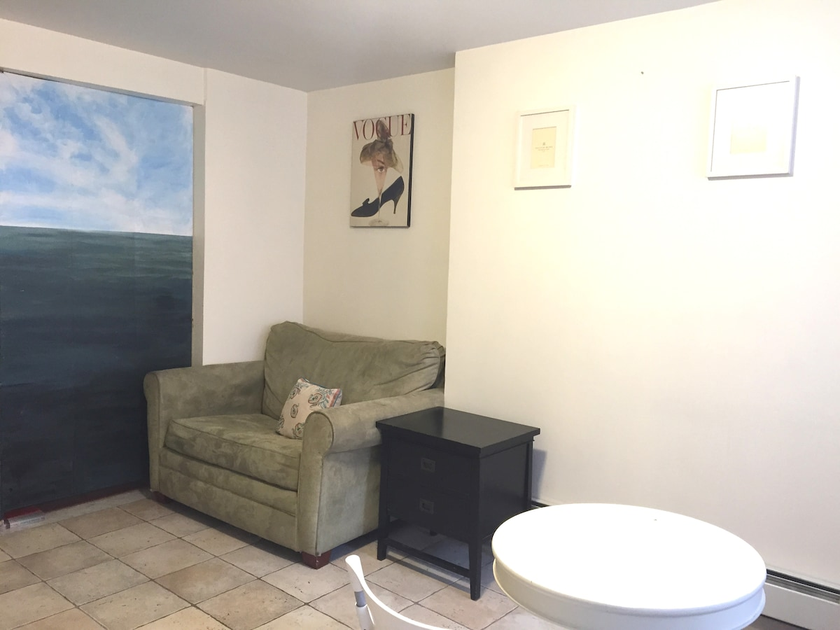Hand painted ocean and sky mural.  Support our art by staying with us :)