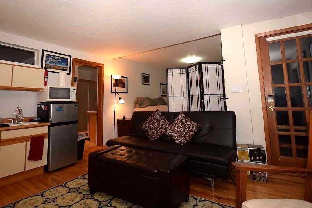 Private Studio in quiet White Rock, NM - White Rock - Apartment