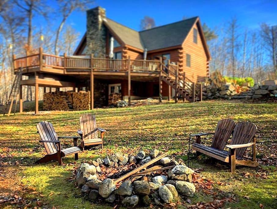 Mountain & Lake Lodge - Greenwood