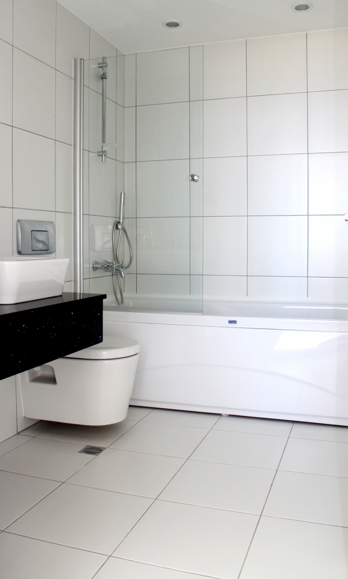 En-suite Bathroom with bath and shower