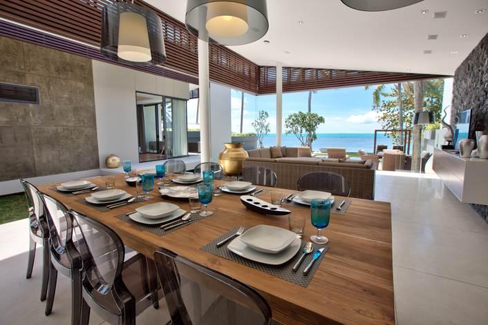 Luxury 3 bedroom Beachfront villa