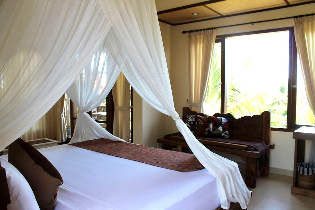 Jawi House & Painter - Rooftop Room - Ubud - Bed & Breakfast