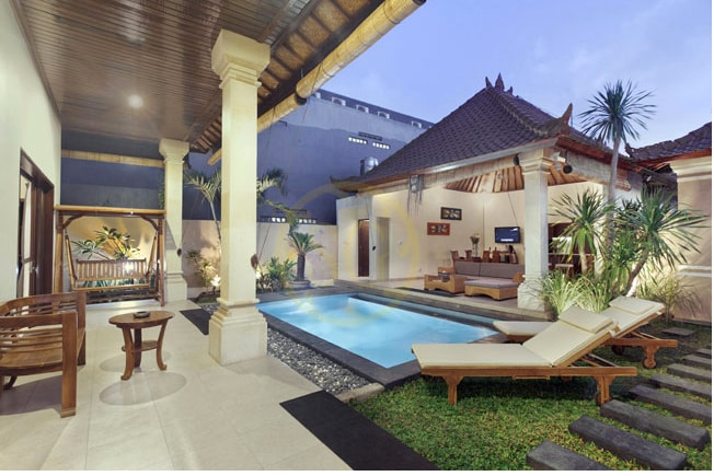 Central Location 2BR Villa Oberoi