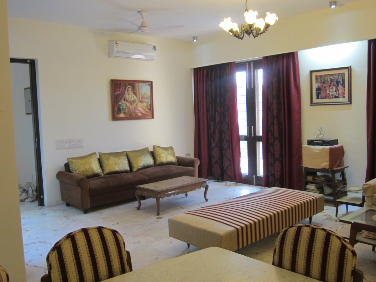Charming 2 BD in heart of Gurgaon