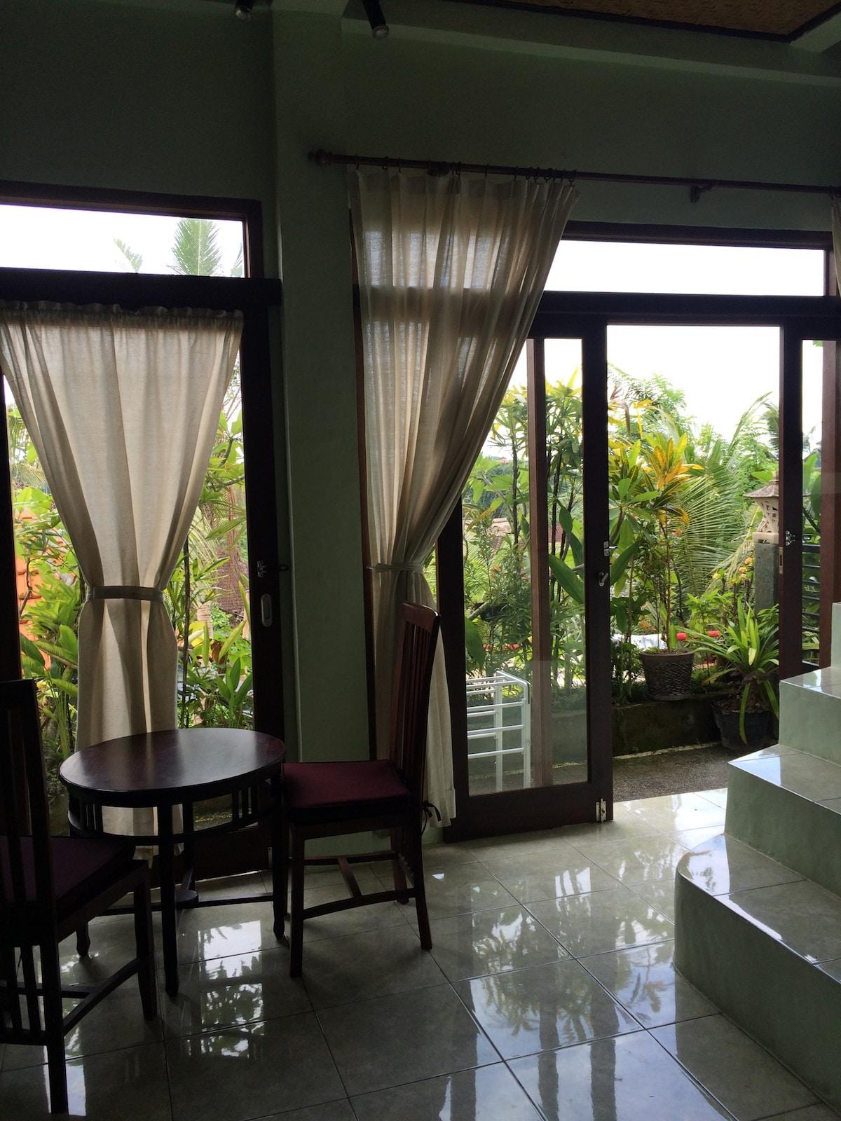 Sarang Apartment