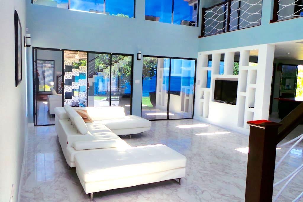 StarFish Luxury Beach Villa Jamaica - White House - Willa