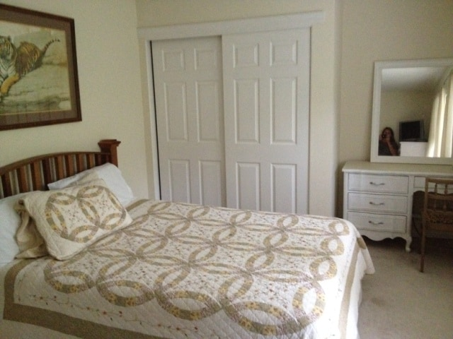 Large  Clean, Quiet, Private Bedroom.. Free Wifi and HBO