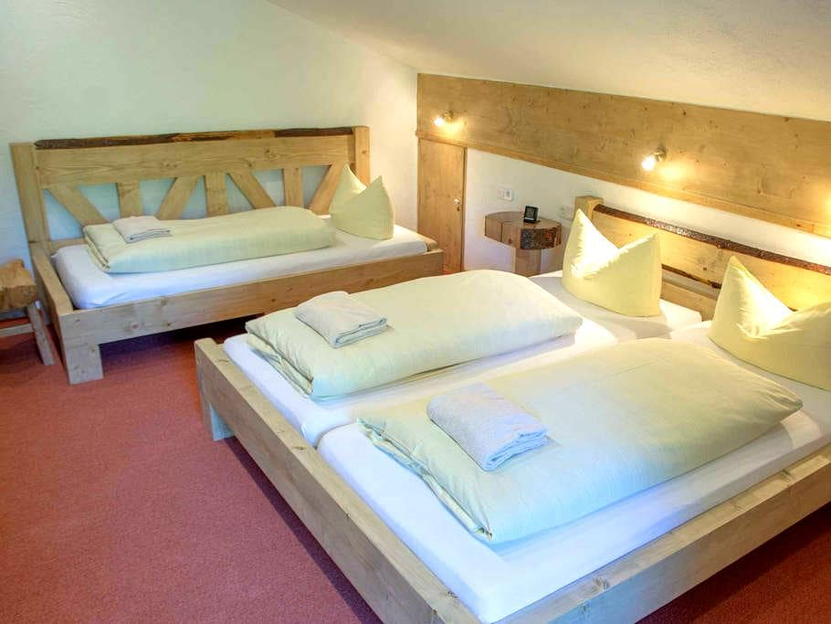 Haus Wildbach - Apartment 2 - Reit im Winkl