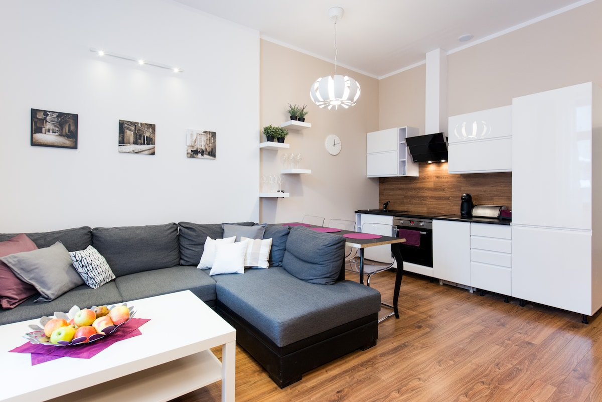 APARTMENT IN HEART OF KAZIMIERZ