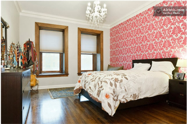 Master Bedroom with a queen-sized bed.
