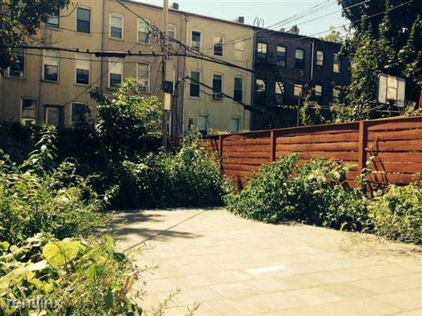 Lovely Garden Apt In Quiet Brooklyn