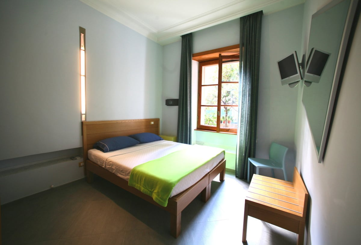 B&B My Guest Roma - quiet sunny double/twin rooom