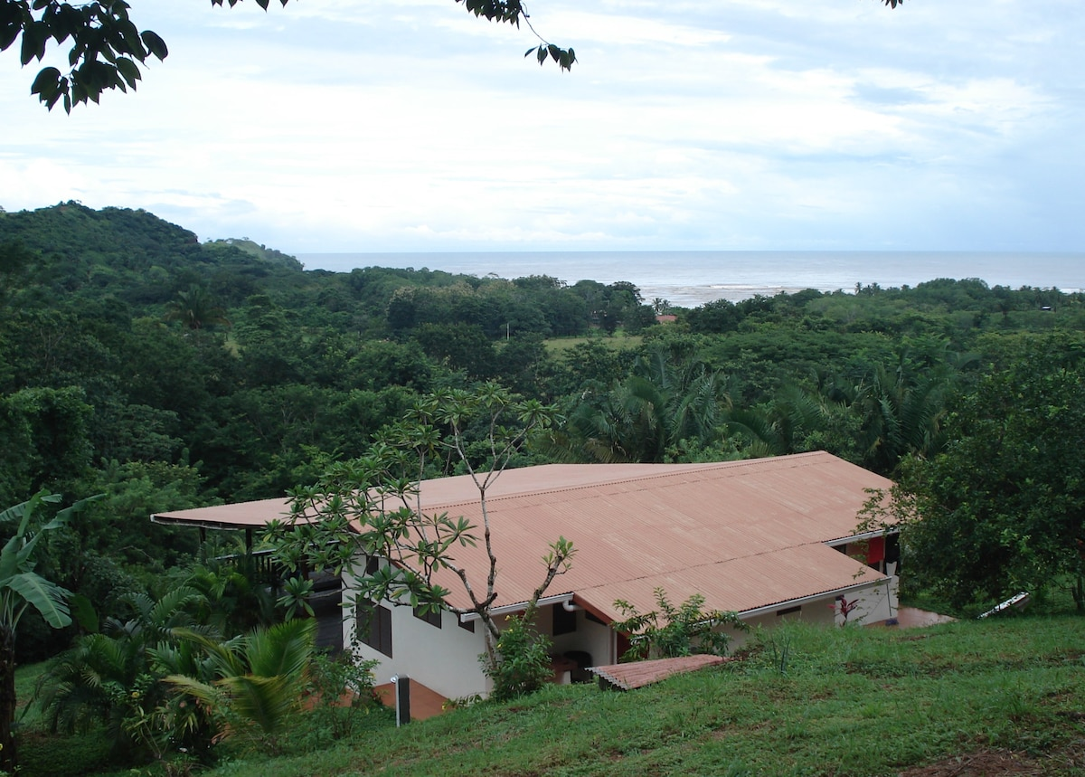 Jungle lodge on Costa Rica coast