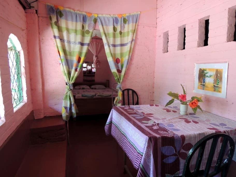 Pink Room - with extra long bed! - Dambulla - Dům