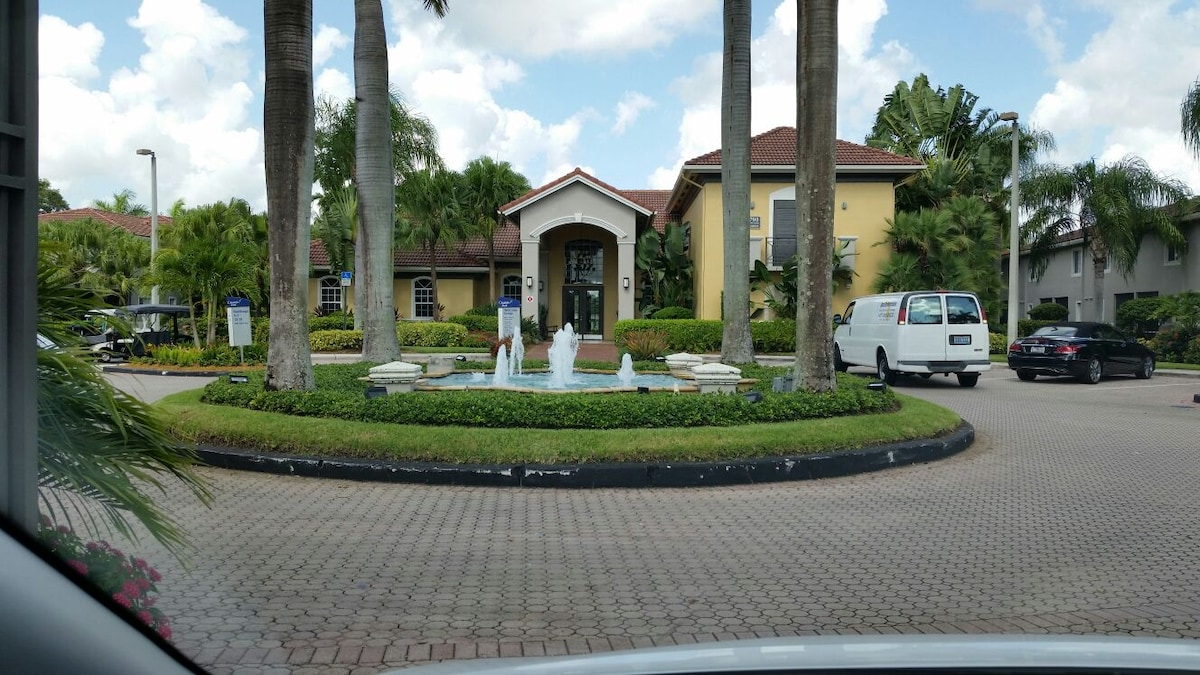 Excelent town house