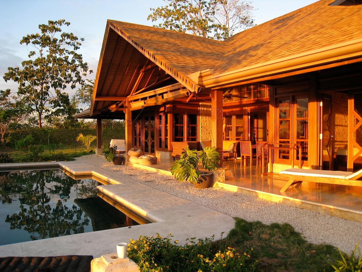 Romantic Sunsets at Villa Isabelle!