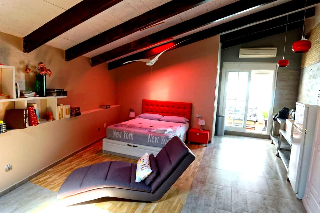ATICO CON PARKING - Valencia - Loft