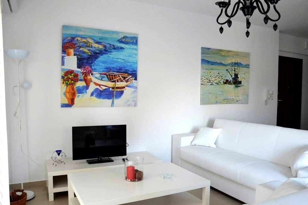 Luxury apt with sea view - Λεπτοκαρυά - Apartment