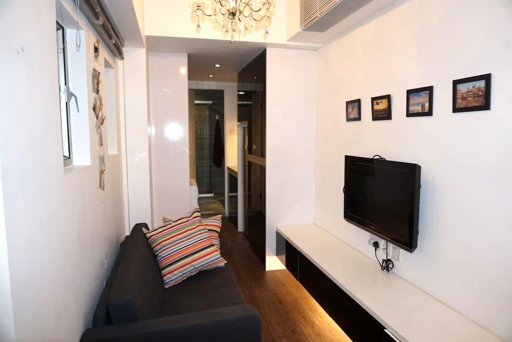 Modern 1Bed Flat in Vibrant WanChai - Hong Kong - Apartment